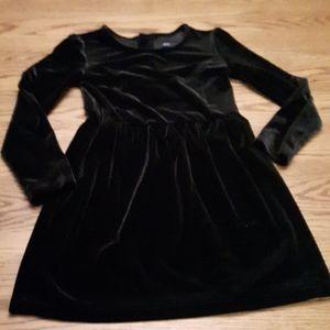 Gap girls size S 6-7 black velvet dress
